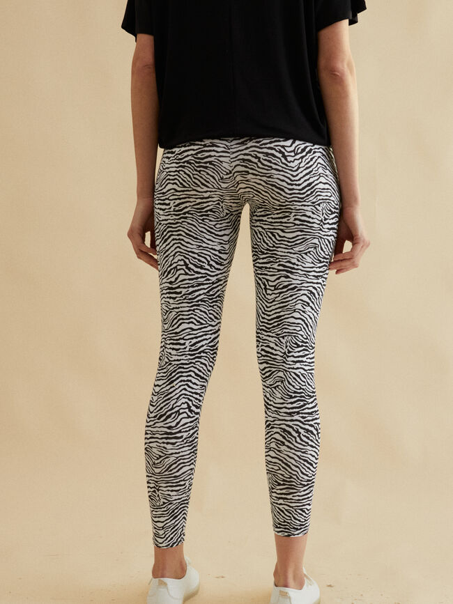 LEGGING ESTAMPADO SKINNY FIT Negro image number null