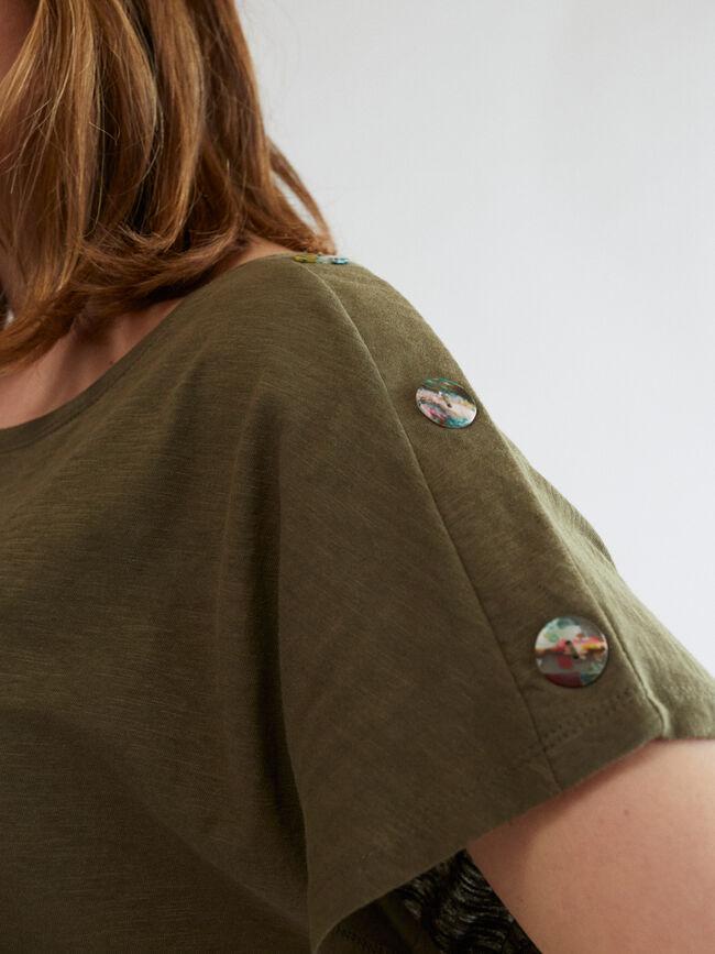 Camiseta botones hombros Kaki image number null