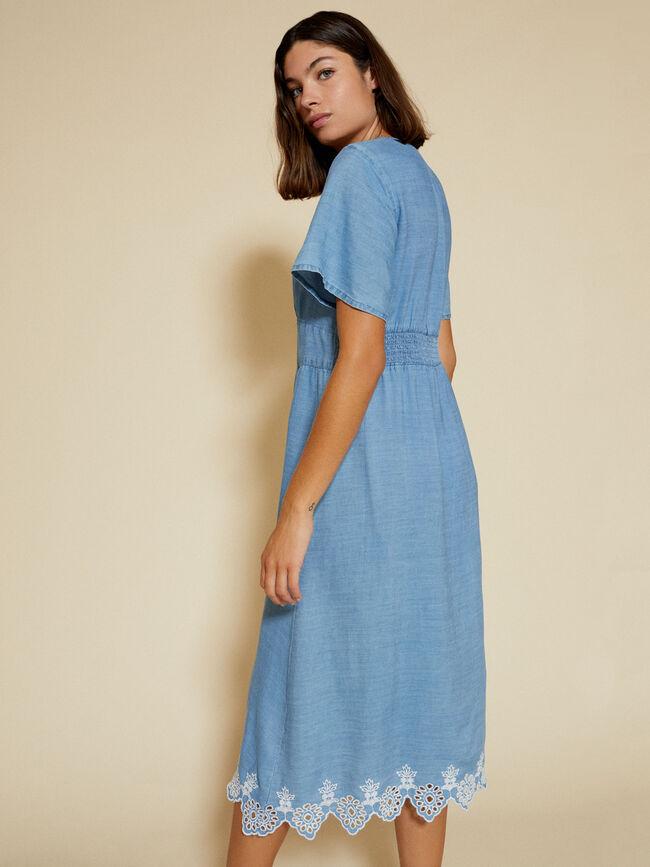 Vestido bordado bajo Mid Blue Wash image number null