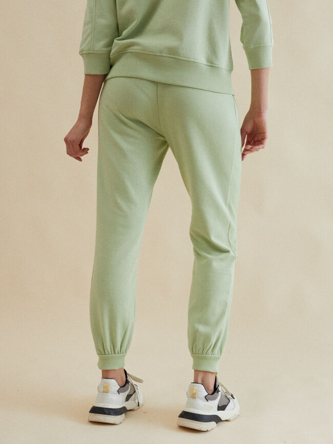 PANTALÓN DETALLE LATERAL JOGGER FIT Verde Ipanema image number null