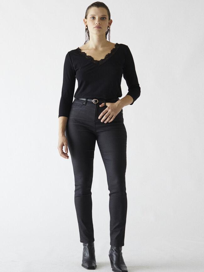Camiseta detalle encaje Negro