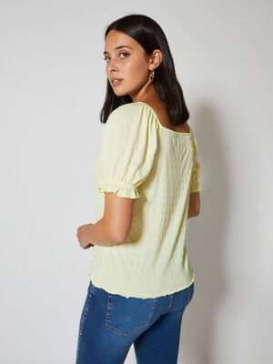 camiseta escote cuadrado con volante Amarillo Pastel image number null